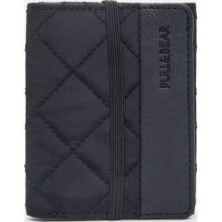 Portfele męskie: Nylonowy portfel z gumką