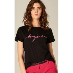 T-shirty damskie: Koszulka z napisem – Czarny