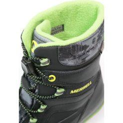Merrell SNOWBANK 2.0 WTPF Śniegowce black/grey/green. Czarne buty zimowe chłopięce Merrell, z materiału. W wyprzedaży za 231,75 zł.