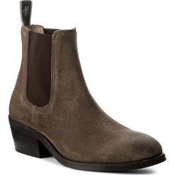 Botki MARC O'POLO - 708 14215101 304 Taupe 717. Brązowe buty zimowe damskie Marc O'Polo, ze skóry, na obcasie. W wyprzedaży za 439,00 zł.