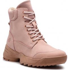 Trapery TAMARIS - 1-25710-31 Light Pink 526. Czerwone buty zimowe damskie marki Tamaris, z nubiku. Za 349,90 zł.