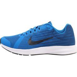 Nike Performance DOWNSHIFTER Obuwie do biegania treningowe blue/dark obsidian/navy/white/black. Niebieskie buty do biegania damskie marki Nike Performance, z materiału. W wyprzedaży za 188,10 zł.