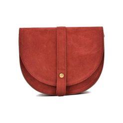 Torebka w kolorze czerwonym - (S)22 x (W)18,5 x (G)6 cm. Czerwone torebki klasyczne damskie Bestsellers bags, w paski, z materiału. W wyprzedaży za 199,95 zł.