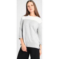 Swetry klasyczne damskie: Dorothy Perkins TIE SIDE Sweter ivory/grey