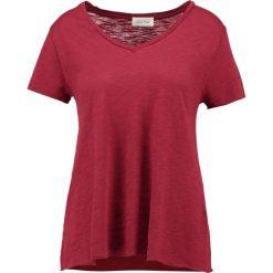 T-shirty damskie: American Vintage Tshirt basic bordeux