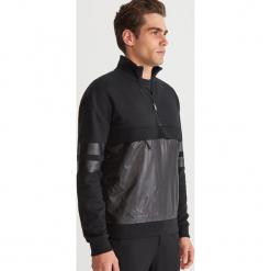 Bluza z kieszenią - Czarny. Czarne bluzy męskie rozpinane marki Reserved, l. Za 139,99 zł.