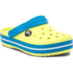 Klapki CROCS - Crockband Clog K 204537 Tennis Ball Green/Ocean. Żółte klapki chłopięce marki Crocs, z tworzywa sztucznego. W wyprzedaży za 129,00 zł.