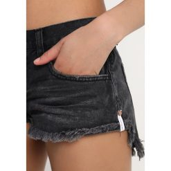 Bermudy damskie: One Teaspoon Szorty jeansowe black anchor