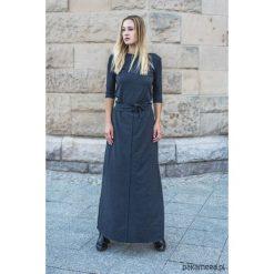 Sukienka maxi ANDE. Szare długie sukienki Pakamera. Za 580,00 zł.