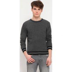 SWETER DŁUGI RĘKAW MĘSKI. Szare swetry klasyczne męskie Top Secret, m, z dzianiny, z golfem. Za 49,99 zł.