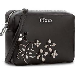 Torebka NOBO - NBAG-E1590-C020 Czarny. Czarne listonoszki damskie Nobo, ze skóry ekologicznej, na ramię. W wyprzedaży za 119,00 zł.