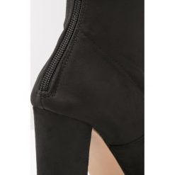 Steve Madden BLAZIN Kozaki na obcasie black. Czarne buty zimowe damskie marki Steve Madden, z materiału, na obcasie. W wyprzedaży za 382,85 zł.
