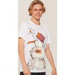 T-shirt z zimowym motywem - Biały. Białe t-shirty męskie marki House, l. Za 39,99 zł.