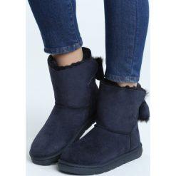 Granatowe Śniegowce Nights With You. Niebieskie buty zimowe damskie Born2be, z materiału, z okrągłym noskiem, na płaskiej podeszwie. Za 84,99 zł.