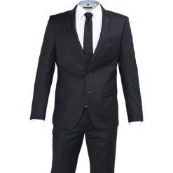 Bugatti Garnitur anthracite. Szare garnitury Bugatti, z materiału. W wyprzedaży za 1077,30 zł.