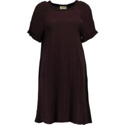 American Vintage AZAWOOD Sukienka letnia griotte. Czerwone sukienki letnie marki American Vintage, m, z materiału, vintage. W wyprzedaży za 423,20 zł.