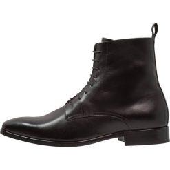 KIOMI Botki sznurowane black. Czarne botki męskie marki KIOMI, z materiału, na sznurówki. Za 419,00 zł.