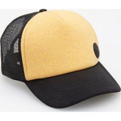 Czapka z daszkiem - Żółty. Żółte czapki z daszkiem męskie Reserved. W wyprzedaży za 19,99 zł.
