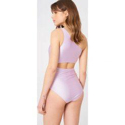 Minkpink Jednoczęściowy strój kąpielowy Arabella - Purple. Fioletowe stroje jednoczęściowe MINKPINK. W wyprzedaży za 81,18 zł.