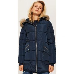 Pikowana kurtka z kapturem - Granatowy. Niebieskie kurtki damskie pikowane marki House, l, z kapturem. Za 229,99 zł.