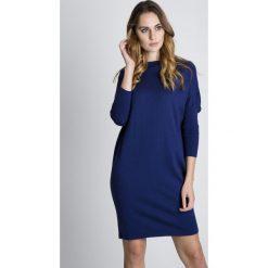Sukienki hiszpanki: Granatowa sukienka z bawełny BIALCON