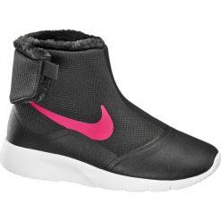 Buty dziecięce Nike Tanjun High NIKE czarne. Czarne buciki niemowlęce Nike, z materiału, na zamek. Za 199,90 zł.