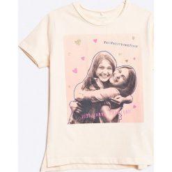Name it - Top dziecięcy 122-164 cm. Szare bluzki dziewczęce marki Name it, z nadrukiem, z bawełny, z okrągłym kołnierzem. W wyprzedaży za 29,90 zł.