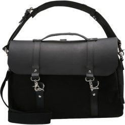 Enter DOG HOOK BRIEF Aktówka black/black leather. Czarne torby na laptopa Enter, małe. Za 929,00 zł.