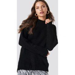 Glamorous Sweter z kopertowym tyłem - Black. Różowe swetry klasyczne damskie marki Glamorous, z nadrukiem, z asymetrycznym kołnierzem, asymetryczne. Za 141,95 zł.