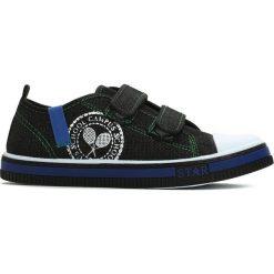 Czarne Trampki School Band. Czarne buty sportowe chłopięce marki Born2be, na zamek. Za 39,99 zł.