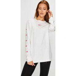 Nike Sportswear - Bluzka. Szare bluzki asymetryczne Nike Sportswear, l, z nadrukiem, z bawełny, casualowe, z okrągłym kołnierzem. W wyprzedaży za 129,90 zł.