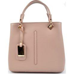 Torebki klasyczne damskie: Skórzana torebka w kolorze cielistym – 24 x 30 x 14 cm