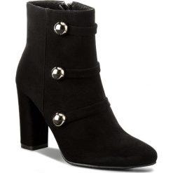 Botki KARINO - 2268/003-F Czarny. Fioletowe buty zimowe damskie marki Karino, ze skóry. W wyprzedaży za 249,00 zł.
