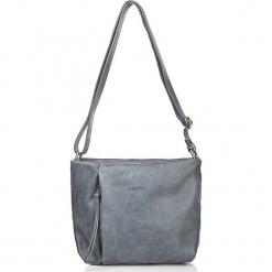 Skórzana torebka w kolorze szarym - 25 x 30 x 8 cm. Szare torebki klasyczne damskie I MEDICI FIRENZE, w paski, z materiału. W wyprzedaży za 347,95 zł.