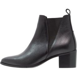 KIOMI Ankle boot black. Niebieskie botki damskie skórzane marki KIOMI. Za 419,00 zł.