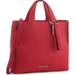 Torebka CALVIN KLEIN - Neat Shopper K60K604597 626. Czerwone shopper bag damskie marki Calvin Klein, ze skóry ekologicznej. Za 849,00 zł.
