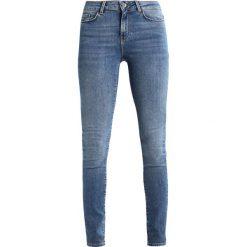 Jeansy damskie: Vero Moda VMSEVEN SUPSLIM  Jeans Skinny Fit medium blue denim