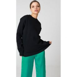 Bluzy polarowe: NA-KD Basic Bluza basic oversize - Black