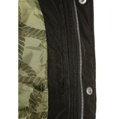 Scotch Shrunk MIDLENGTH WITH SIDE SEAM ADJUSTER ZIPS Płaszcz zimowy military. Zielone kurtki chłopięce zimowe marki Scotch Shrunk, z materiału. W wyprzedaży za 524,25 zł.