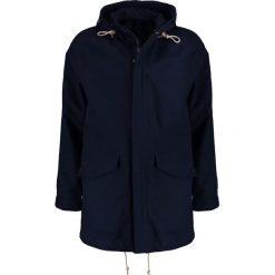 Abercrombie & Fitch Krótki płaszcz navy. Niebieskie prochowce męskie marki Abercrombie & Fitch. W wyprzedaży za 463,20 zł.