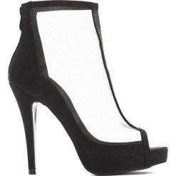 Czarne Sandały All Our Hopes. Czarne sandały damskie marki Born2be, z materiału, na wysokim obcasie, na obcasie. Za 74,99 zł.