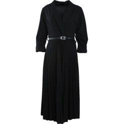 Czarna Sukienka Conformation. Czarne sukienki hiszpanki Born2be, m, midi. Za 109,99 zł.