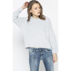 Tally Weijl - Sweter SPUPENILL. Czerwone swetry klasyczne damskie marki TALLY WEIJL, l, z dzianiny, z krótkim rękawem. W wyprzedaży za 69,90 zł.