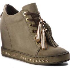 Sneakersy CARINII - B4615  H08-000-000-C98. Zielone sneakersy damskie Carinii, z materiału. W wyprzedaży za 259,00 zł.