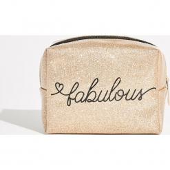 Złocista kosmetyczka Fabulous - Beżowy. Brązowe kosmetyczki damskie Sinsay. Za 14,99 zł.