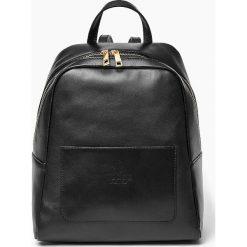 Skórzany włoski plecak ISABELL czarny. Czarne plecaki damskie Vera Pelle, ze skóry. Za 399,00 zł.