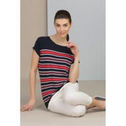 Swetry klasyczne damskie: Sweter w marynarskim stylu