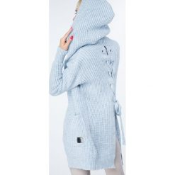 Swetry rozpinane damskie: Sweter z warkoczowym wiązaniem niebieski MISC004