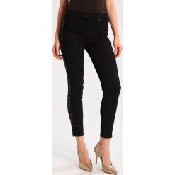 MARCIANO LOS ANGELES Jeansy Slim Fit jet black. Czarne jeansy damskie MARCIANO LOS ANGELES, z bawełny. W wyprzedaży za 359,55 zł.