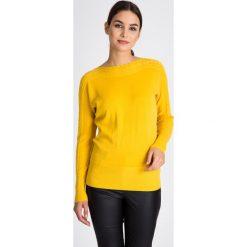 Żółty sweter z ozdobnym splotem QUIOSQUE. Szare swetry klasyczne damskie marki QUIOSQUE, na co dzień, s, w koronkowe wzory, z dzianiny, z klasycznym kołnierzykiem, ołówkowe. W wyprzedaży za 109,99 zł.